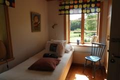 ena sovrummet på nedre plan i Höga Kusten